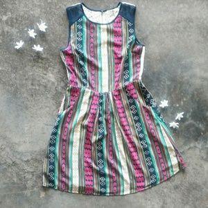 Ara Aztec Lace Back Dress w/ Pockets S